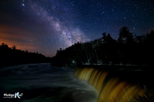 Tahquamenon Falls, Upper Peninsula Michigan